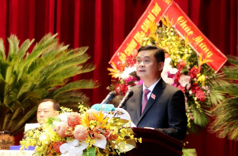 Bí thư Tỉnh ủy Thái Thanh Quý trình bày đề án Nhân sự Ban Chấp hành Đảng bộ tỉnh khóa 19, nhiệm kỳ 2020-2025.