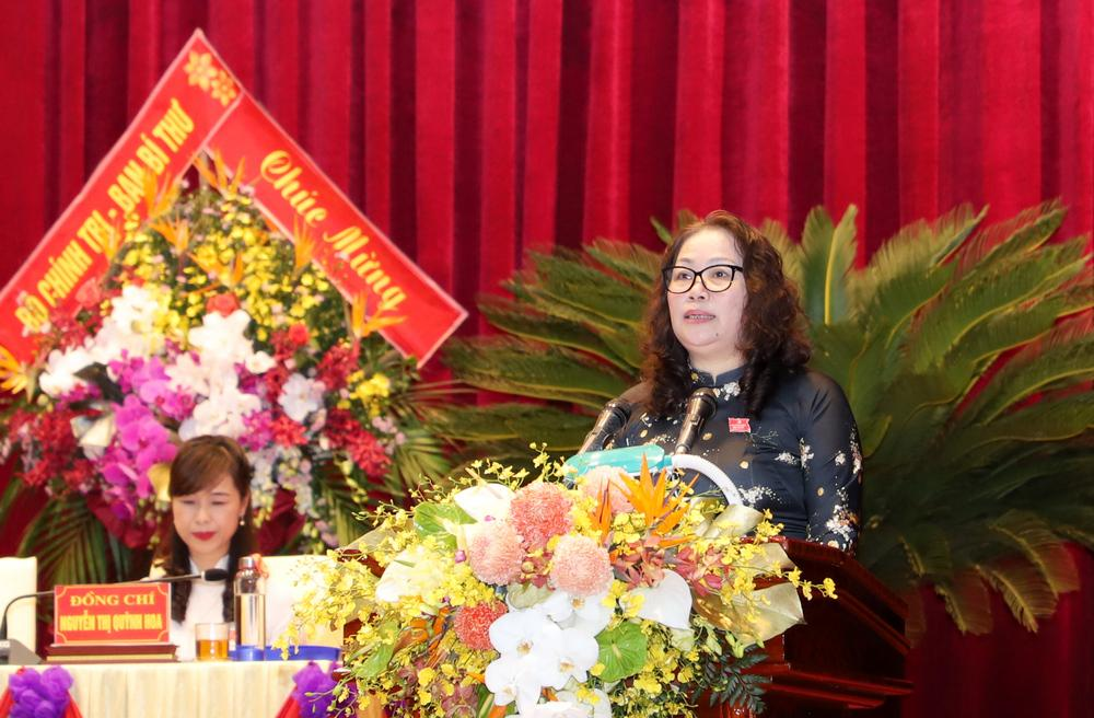Trong lúc bộ phận kiểm phiếu làm việc, đại hội đã nghe đồng chí Nguyễn Thị Thu Hường - Ủy viên BTV, Trưởng ban Tuyên giáo Tỉnh ủy trình bày tóm tắt Báo cáo tổng hợp ý kiến góp ý vào dự thảo các Văn kiện Đại hội 13 của Đảng.