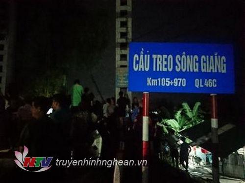 Vị trí cầu treo Chợ Chùa cách TP Vinh khoảng 60km.