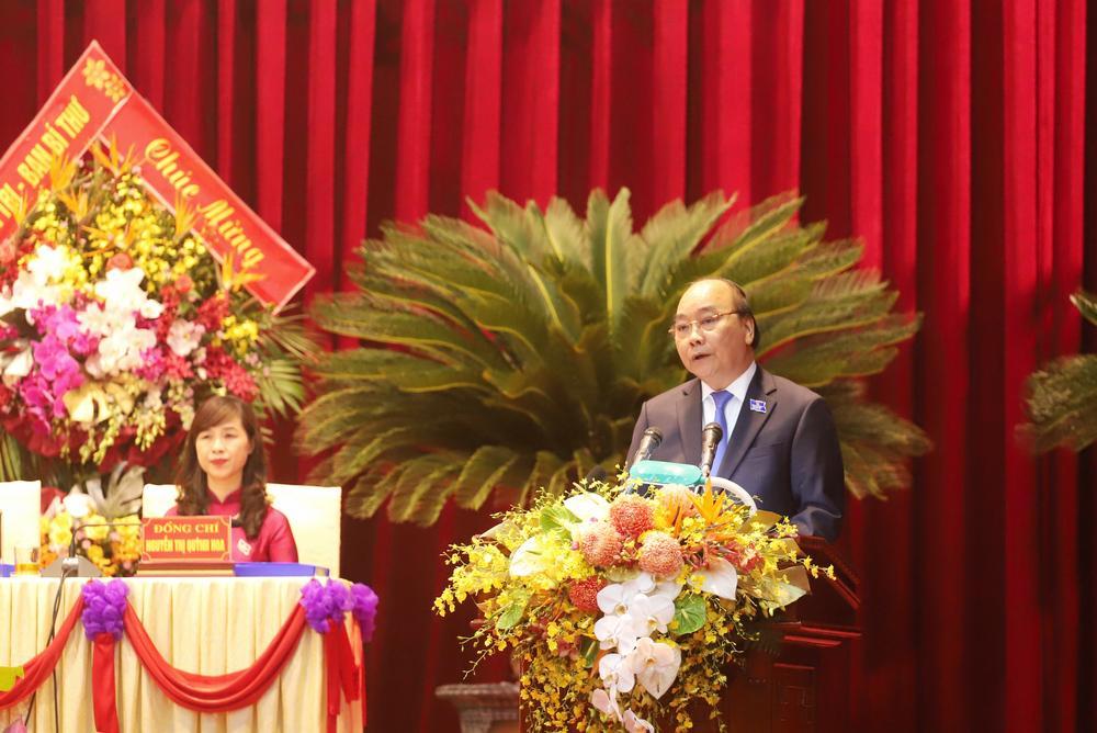 Đồng chí Nguyễn Xuân Phúc - Uỷ viên Bộ Chính trị, Thủ tướng Chính phủ phát biểu chỉ đạo Đại hội.