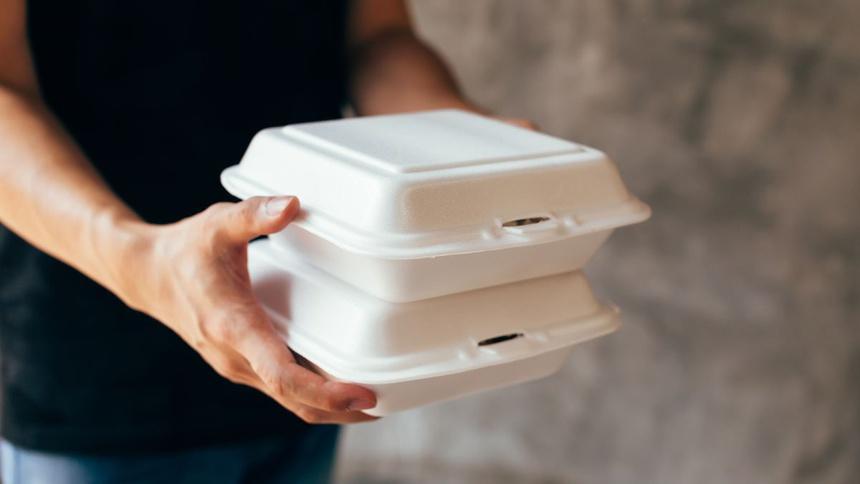 Các hóa chất tổng hợp Phthalates thường có trong hộp xốp đựng thức ăn và nhiều sản phẩm đồ dùng quen thuộc hàng ngày.