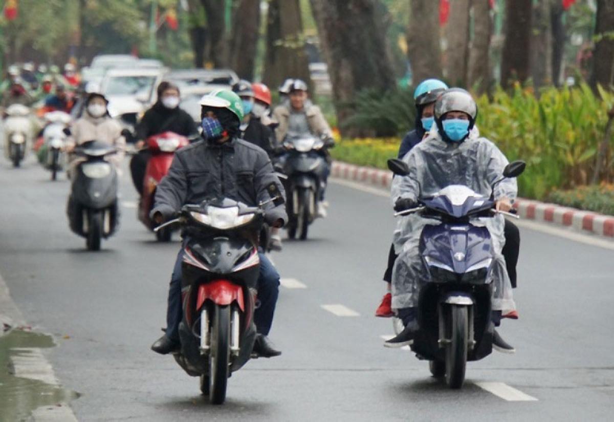Do ảnh hưởng của không khí lạnh nên ngày và đêm nay (15/10), ở Bắc Bộ và Thanh Hóa có mưa, cục bộ có mưa vừa, mưa to.