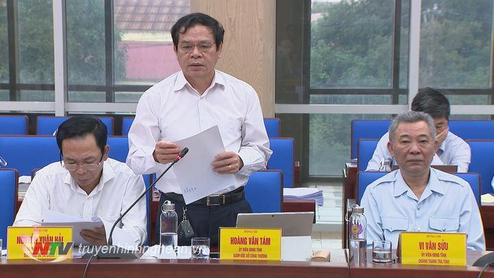 Đại diện lãnh đạo Sở Công thương phát biểu tại phiên họp.