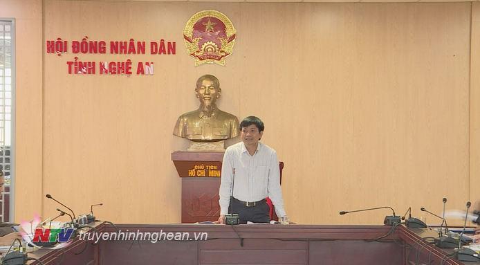 Chủ tọa phiên họp phát biểu kết luận.