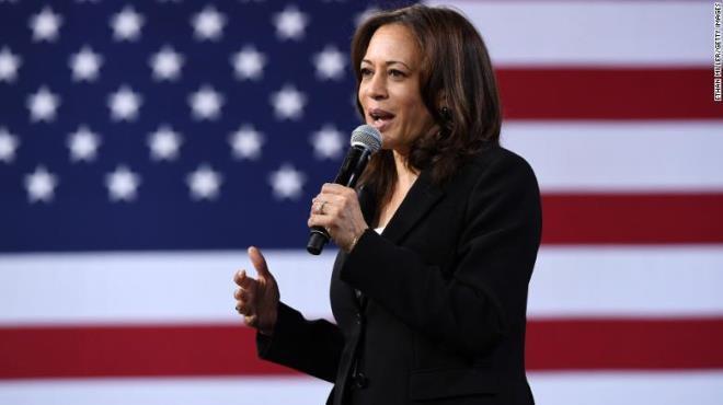 Bà Kamala Harris trở thành nữ Phó Tổng thống da màu đầu tiên trong lịch sử Mỹ. (Ảnh: CNN)