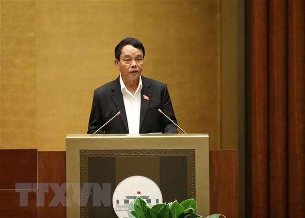 Quốc hội lắng nghe Chủ nhiệm Ủy ban Quốc phòng và An ninh Võ Trọng Việt báo cáo thẩm tra dự án Luật Bảo đảm trật tự, an toàn giao thông đường bộ.