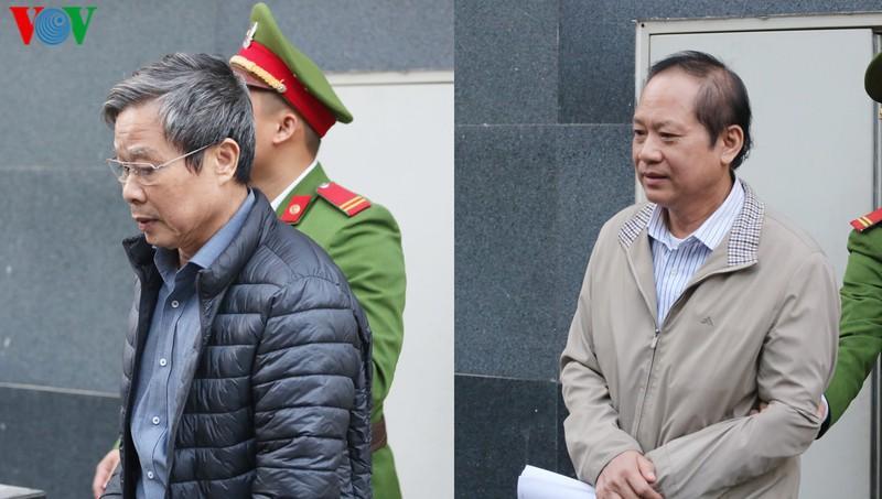 Hai bị cáo Nguyễn Bắc Son và Trương Minh Tuấn.