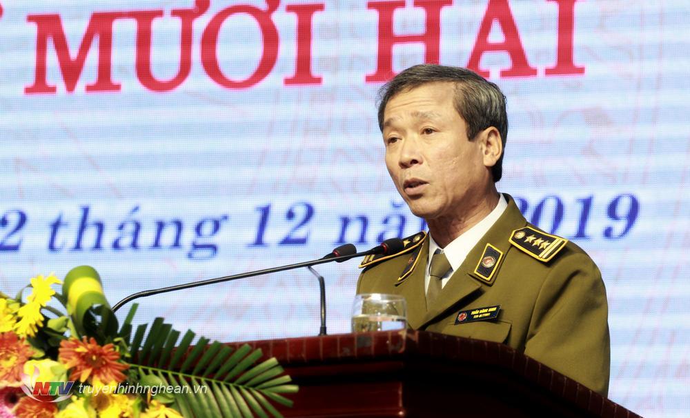 Ông Trần Đăng Ninh trình bày báo cáo tại phiên chất vấn.