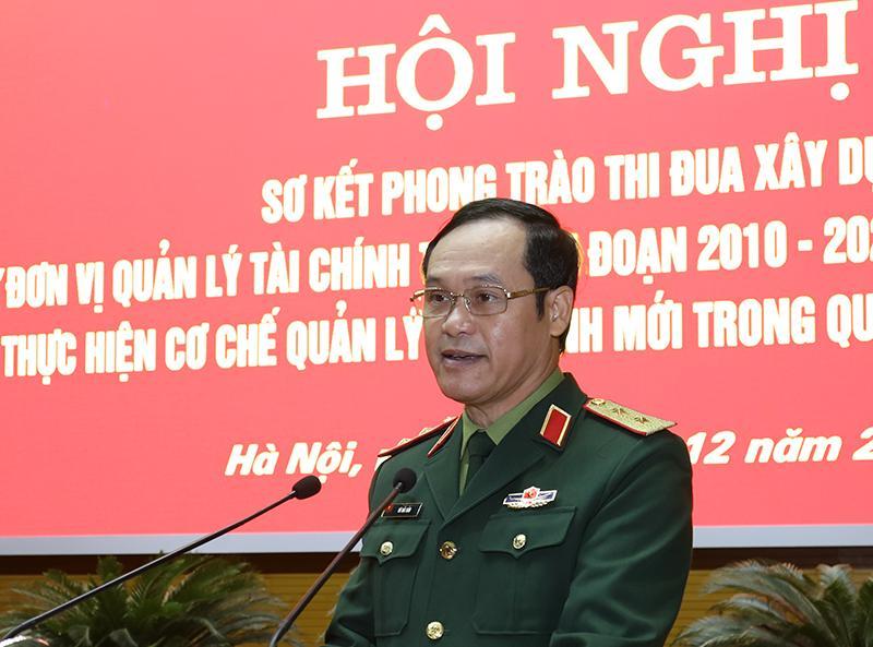 Trung tướng Vũ Hải Sản phát biểu tại hội nghị.
