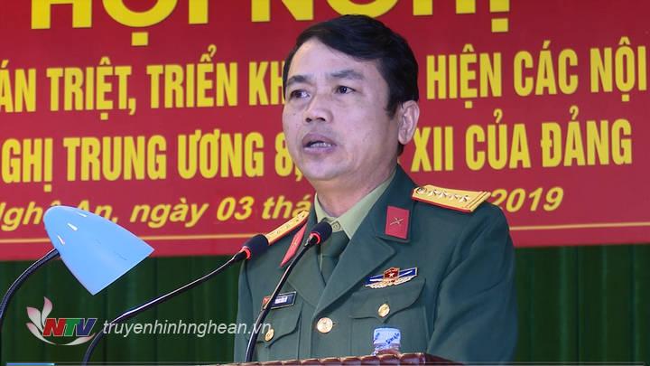 Hội nghị được nghe lãnh đạo quán triệt các nội dung của NQTW8