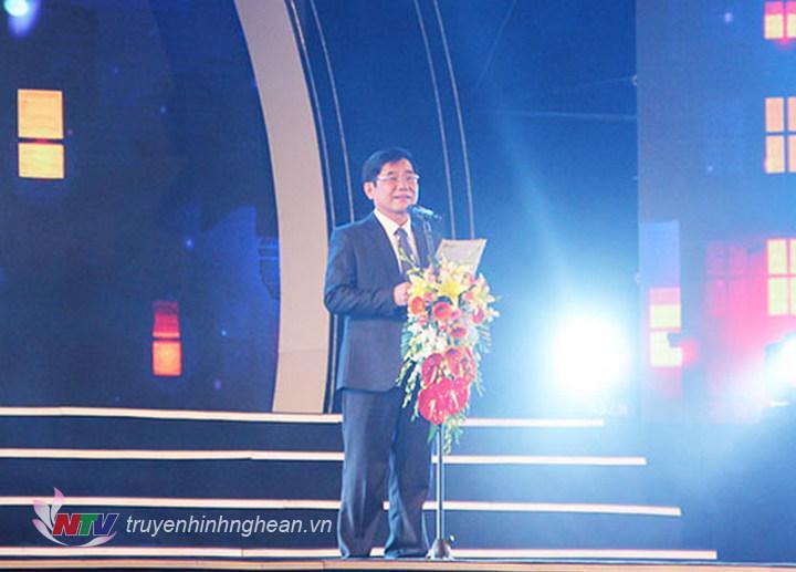 """NSND Phạm Tiến Dũng khai mạc Chương trình nghệ thuật """" Nghệ An chào năm mới 2019"""""""