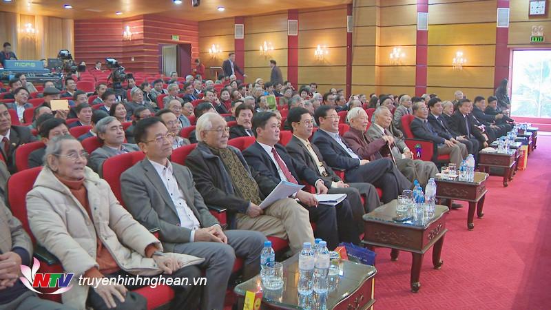 Các đại biểu dự
