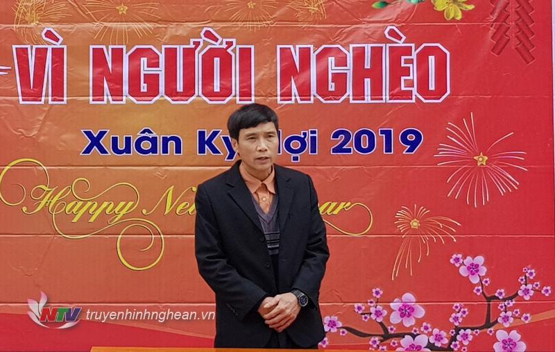 Đại diện lãnh đạo huyện Tương Dương phát biểu cảm ơn.