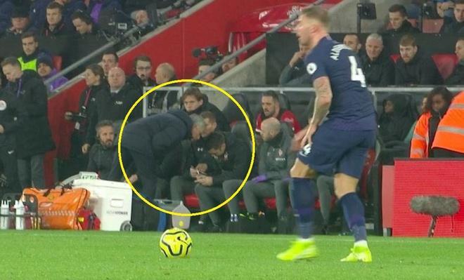 Hành động hài hước của Mourinho.
