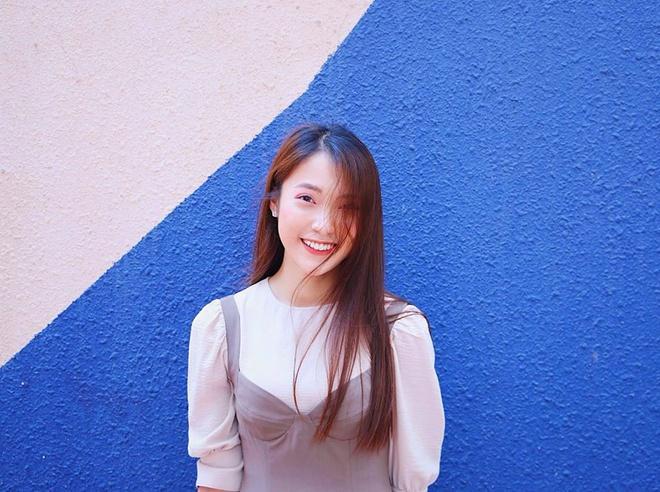 """Khánh Vy cho biết hiện tại, cô đã làm được nhiều hơn tên gọi """"hot girl 7 thứ tiếng""""."""