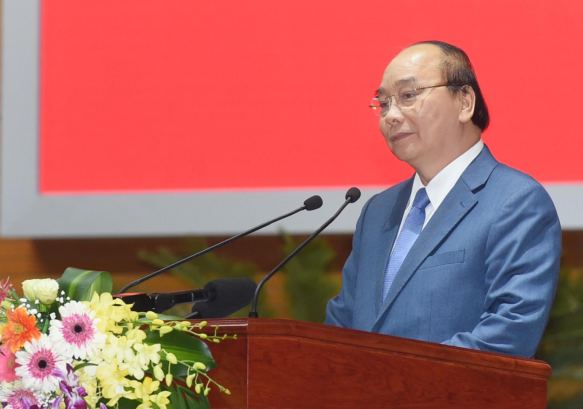 Thủ tướng Nguyễn Xuân Phúc biểu dương những nỗ lực của ngành y tế thời gian qua.