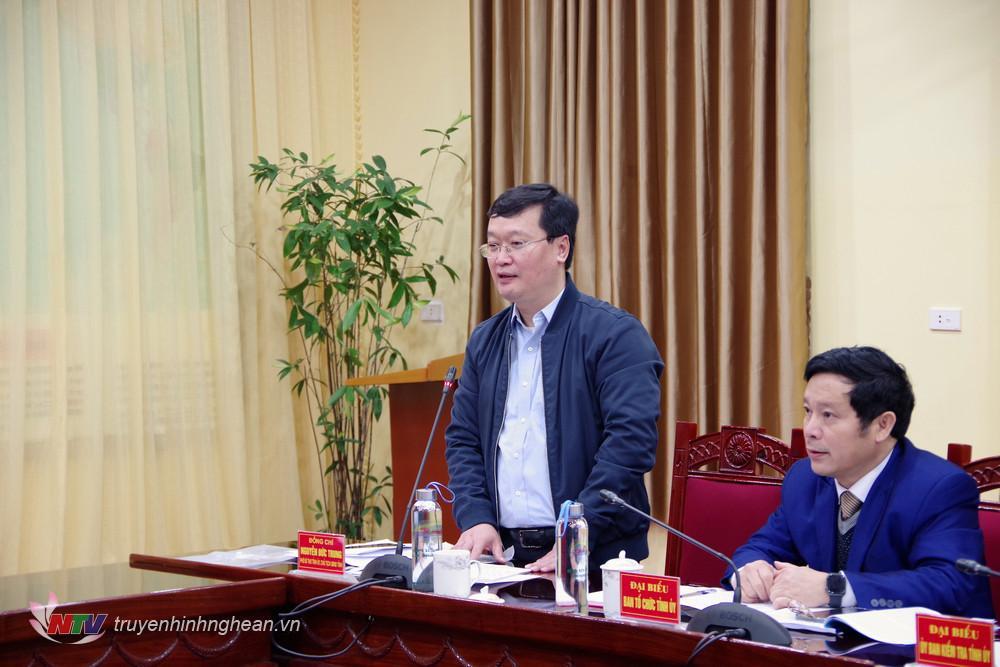 Chủ tịch UBND tỉnh Nguyễn Đức Trung phát biểu chỉ đạo hội nghị.