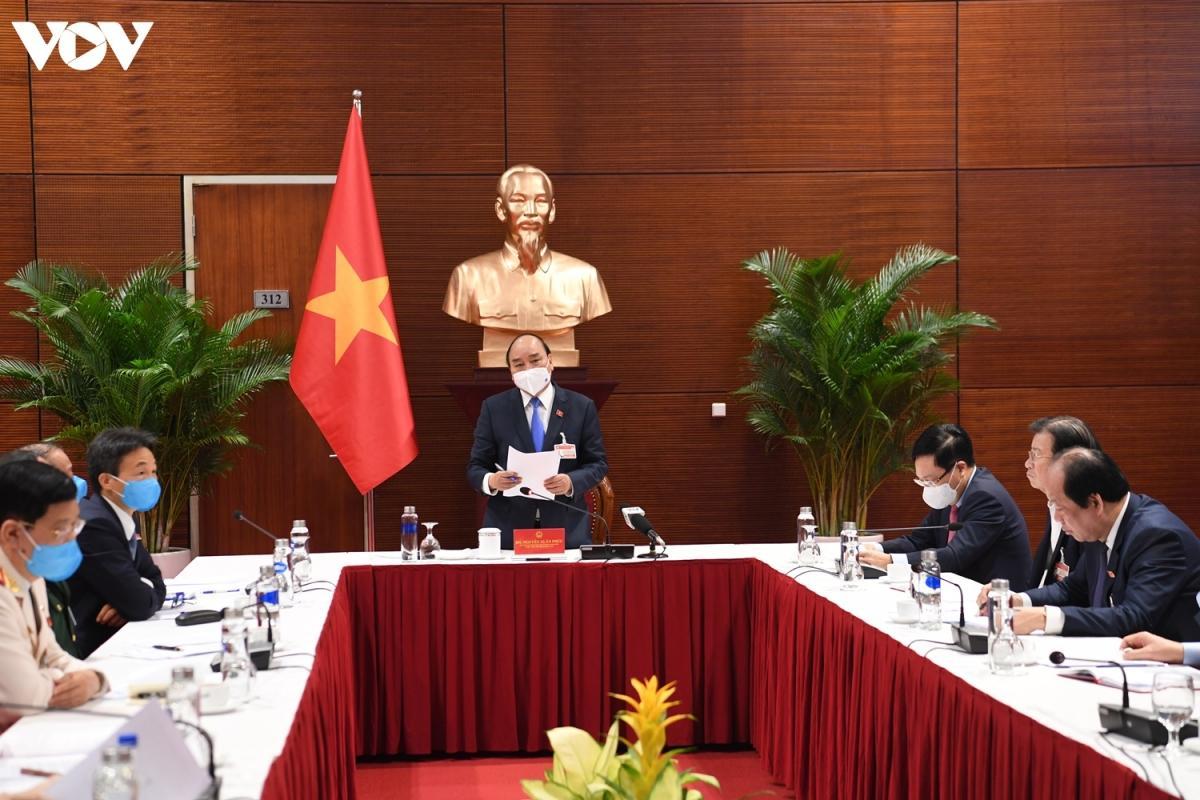 Thủ tướng Chính phủ Nguyễn Xuân Phúc chủ trì cuộc họp khẩn với Ban Chỉ đạo Quốc gia về phòng, chống dịch COVID-19.