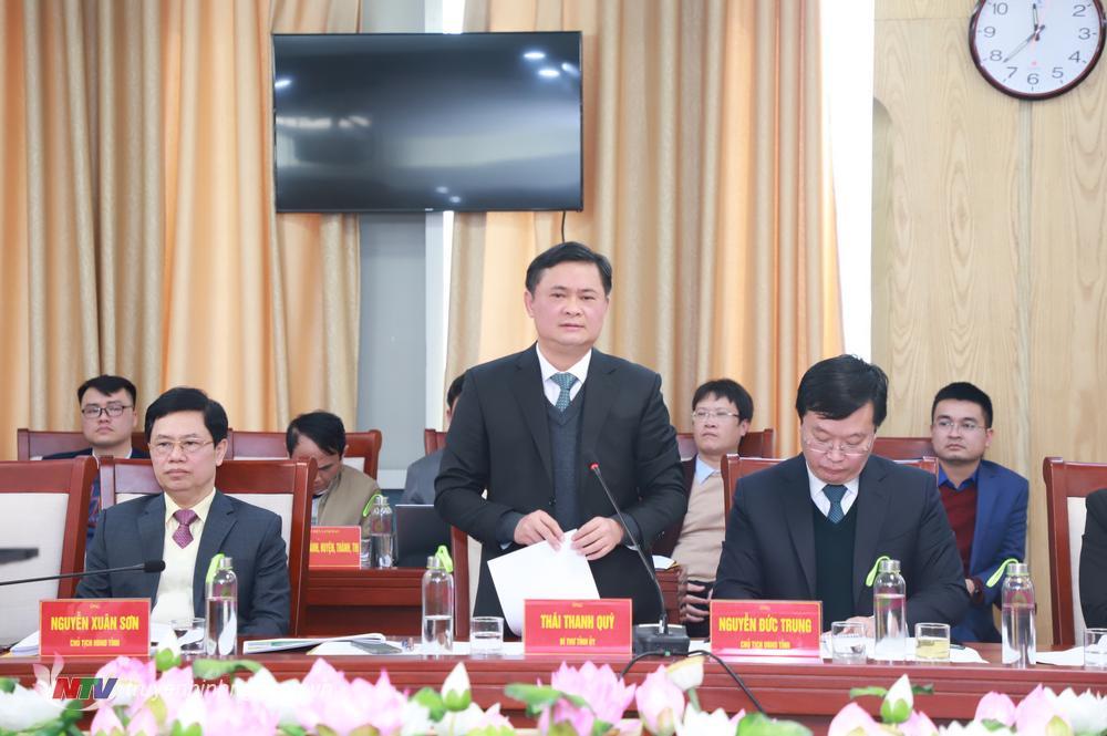Đồng chí Thái Thanh Quý - Ủy viên Dự khuyết Trung ương Đảng, Bí thư Tỉnh ủy phát biểu tại cuộc làm việc.