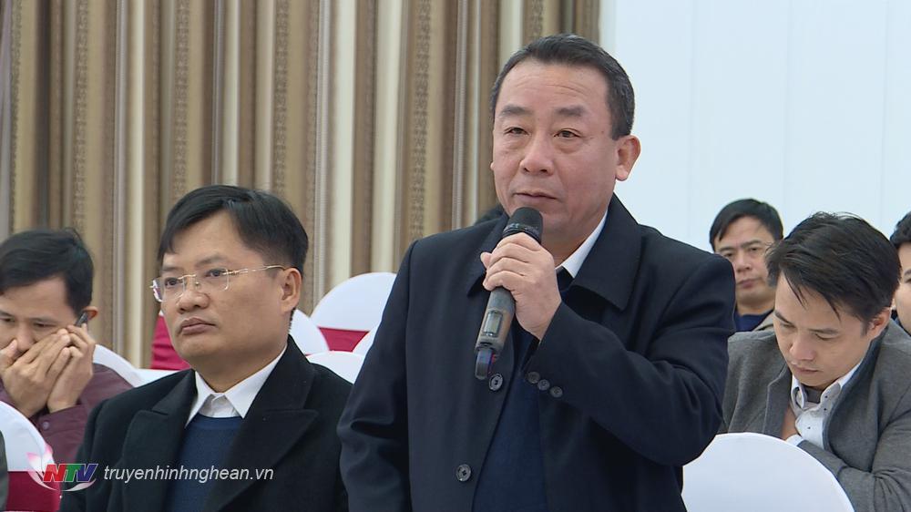 Giám đốc Sở NN&PTTN Nguyễn Văn Đệ phát biểu tại buổi họp báo.