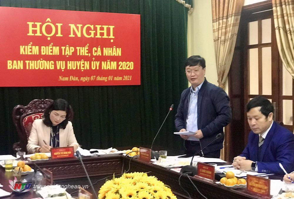 Đồng chí Nguyễn Đức Trung - Phó Bí thư Tỉnh ủy, Chủ tịch UBND tỉnh phát biểu chỉ đạo tại hội nghị.