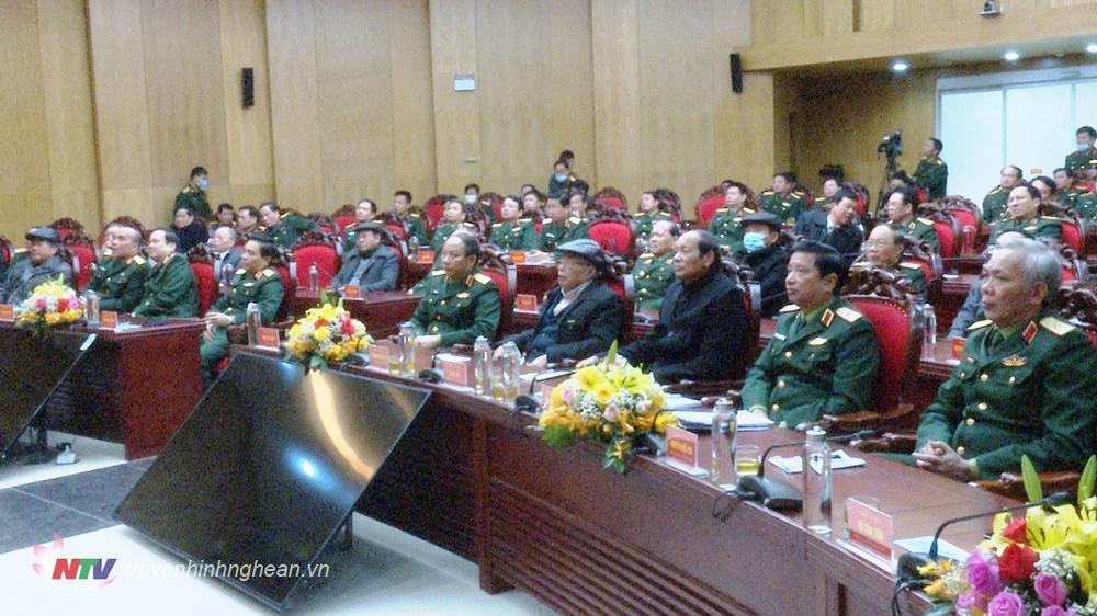 Toàn cảnh hội nghị tại điểm cầu Quân khu 4.