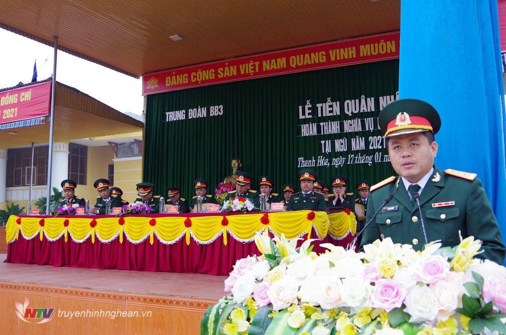 Thượng tá Lê Huy Nghĩa - Phó tham mưu trưởng Sư đoàn phát biểu chỉ đạo tại lễ tiên quân nhân xuất ngũ đơn vị trung đoàn 3