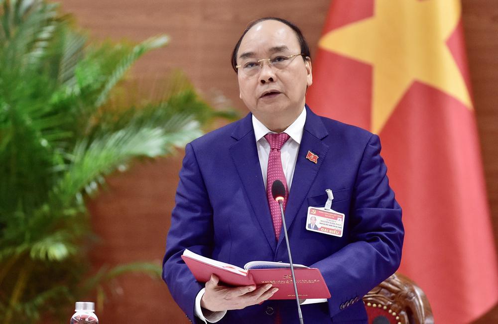 Thủ tướng Nguyễn Xuân Phúc phát biểu tại cuộc họp.