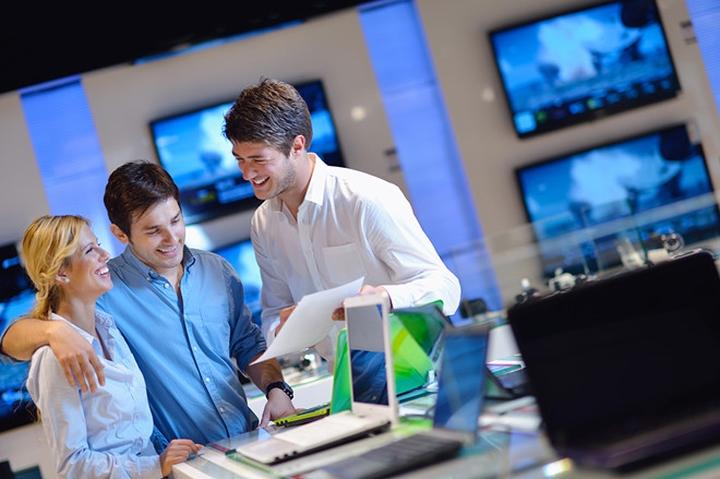 Không có mẫu laptop nào phù hợp cho tất cả mọi người. Nhu cầu và tính chất công việc sẽ ảnh hưởng lớn đến cảm giác của bạn khi sử dụng thiết bị.