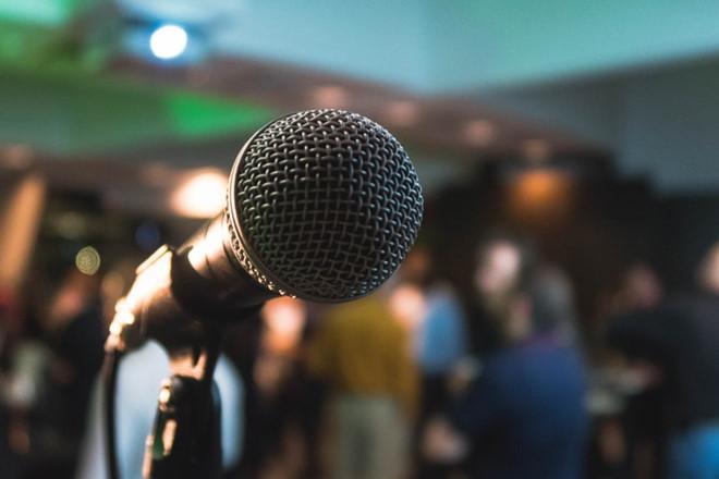 Rủ nhau đi hát karaoke sau khi ăn nhậu là thói quen của tiềm ẩn nhiều nguy hiểm.