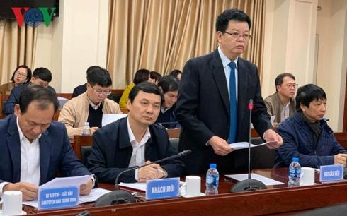 Ông Mai Văn Chính, Phó Trưởng Ban Tổ chức Trung ương thông báo tới cơ quan báo chí về thể lệ giải