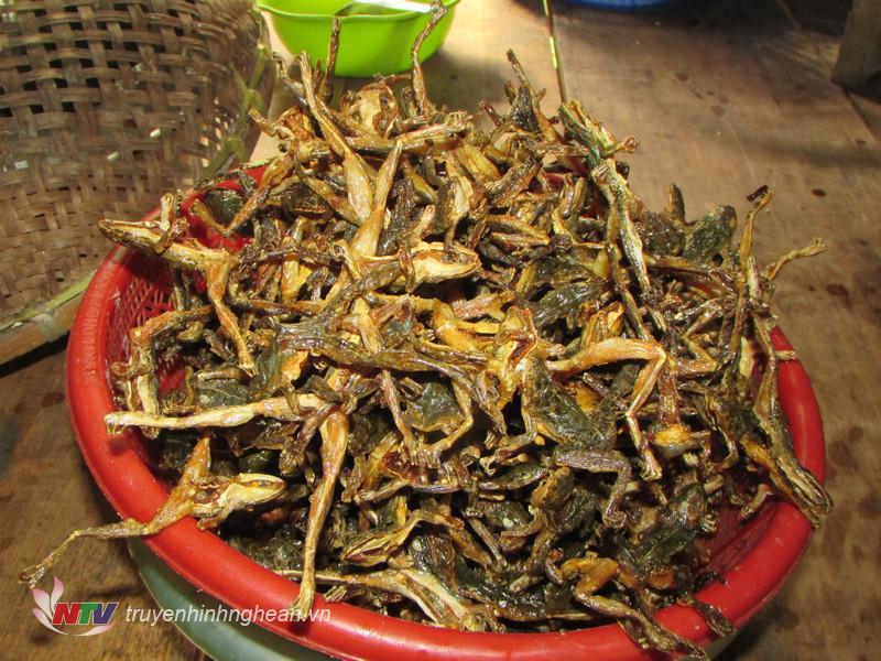 Thịt nhái chế biến được nhiều món ăn mang hương vị đặc trưng của người dân miền núi.