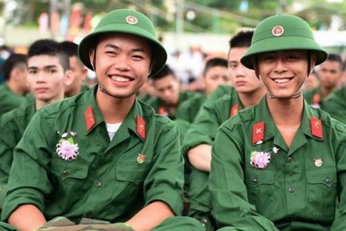 Bộ Quốc Phòng vừa ban hành dự thảo Thông tư Quy định chi tiết và hướng dẫn thực hiện công tác tuyển sinh vào các trường trong Quân đội năm 2019 để lấy ý kiến.