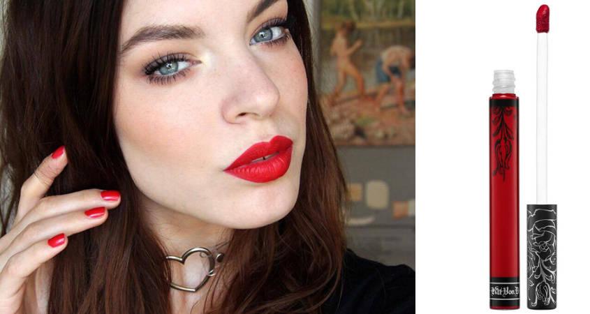 Màu đỏ nóng bỏng này là sự chọn lý tưởng dành cho các cô nàng cá tính.