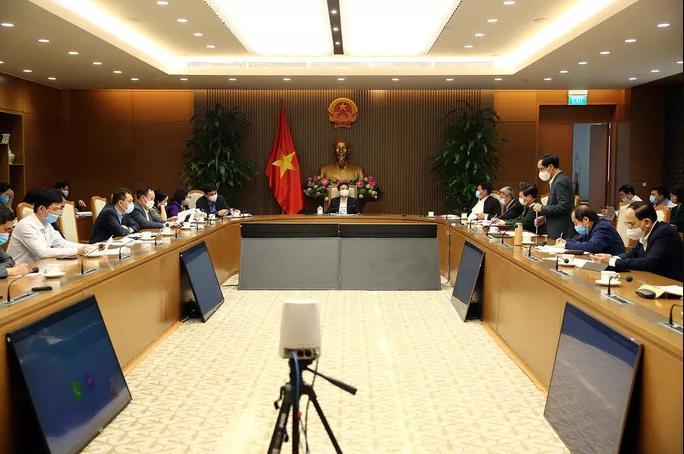 Cuộc họp sáng 23-2 của Ban Chỉ đạo quốc gia phòng chống Covid-19. Ảnh: VGP