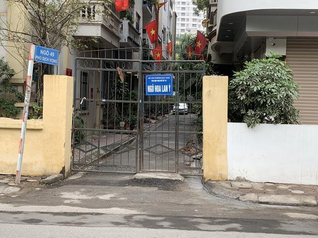 Phong tỏa Ngõ 49 phố Dịch Vọng, quận Cầu Giấy