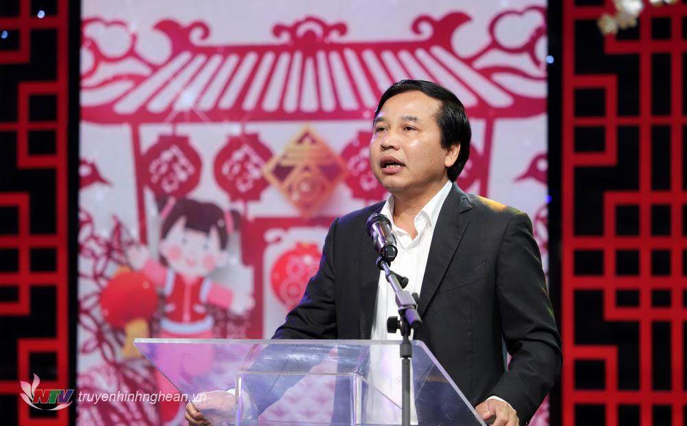 Đồng chí Nguyễn Như Khôi - Tỉnh uỷ viên, Giám đốc Đài phát biểu chúc mừng.