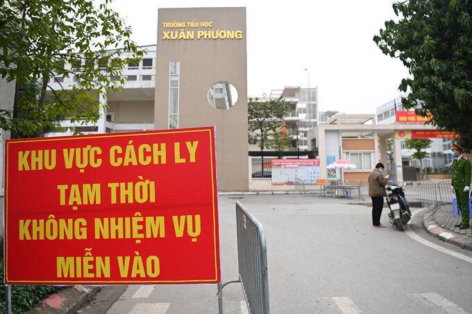 Trường Tiểu học Xuân Phương trở thành khu cách ly tập trung từ ngày 31/1.