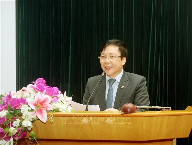 Phó Chủ tịch Thường trực Hội Nhà báo Việt Nam Hồ Quang Lợi phát biểu.