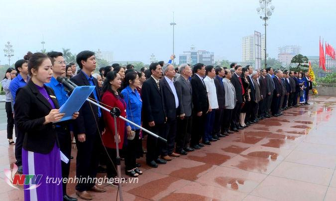 Đoàn cán bộ cơ quan tỉnh đoàn Nghệ Tĩnh