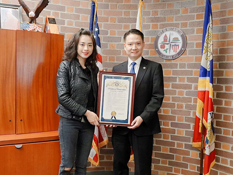 Ngô Thanh Vân và ngài Thị trưởng thành phố Westminster (Mỹ) - ông Trí Tạ