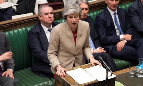 Thủ tướng Anh Theresa May phát biểu trước hạ viện ngày 29/3. Ảnh: Reuters.
