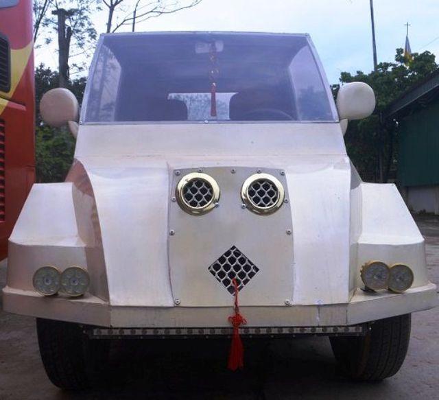 Động cơ được lấy từ chiếc xe máy Suzuki Viva 110 cũ
