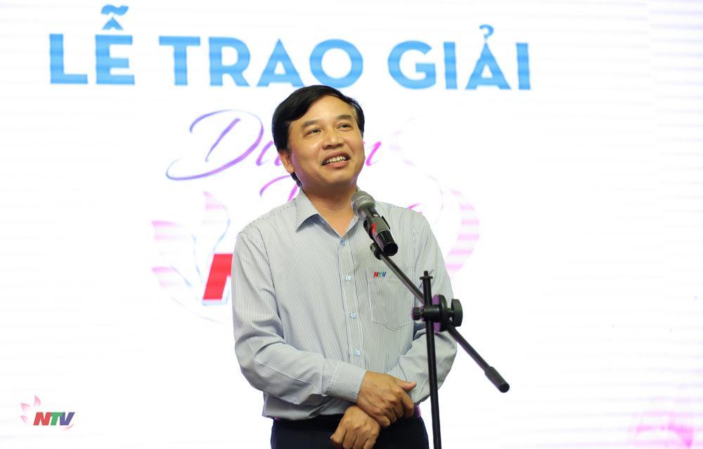 Đồng chí Nguyễn Như Khôi - Tỉnh uỷ viên, Giám đốc Đài gửi lời chúc mừng tới viên chức, người lao động nữ Đài nhân ngày Quốc tế Phụ nữ 8/3.