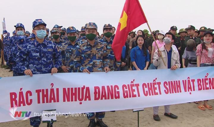 Hơn 500 tình nguyện viên tham gia chiến dịch tại Nghệ An.