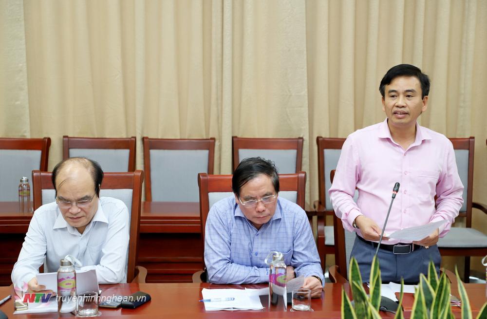 Đồng chí Nguyễn Bá Hảo - Phó Giám đốc Sở Thông tin - Truyền thông đóng góp ý kiến vào dự thảo.
