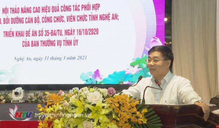 Phó Bí thư Thường trực Tỉnh uỷ Nguyễn Văn Thông phát biêu chỉ đạo tại hội thảo.