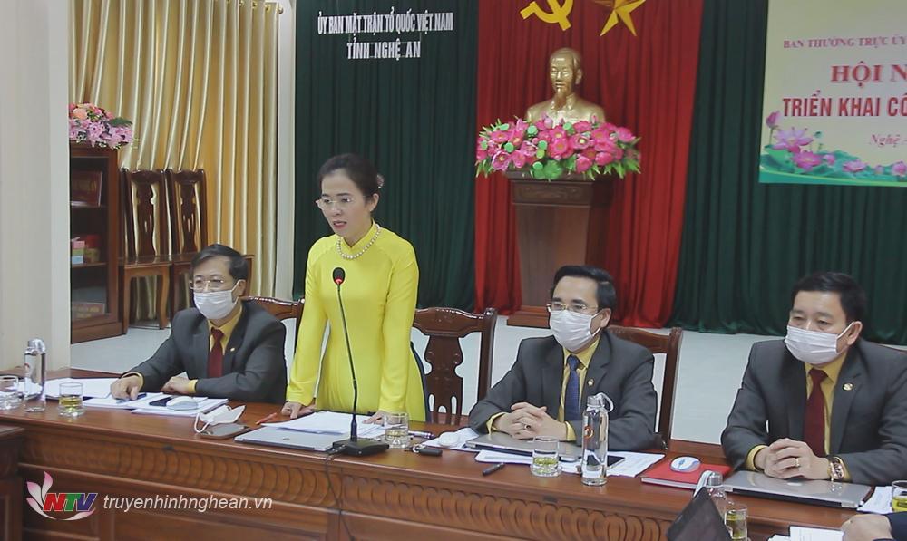 Chủ tịch UBMTTQ tỉnh Võ Thị Minh Sinh