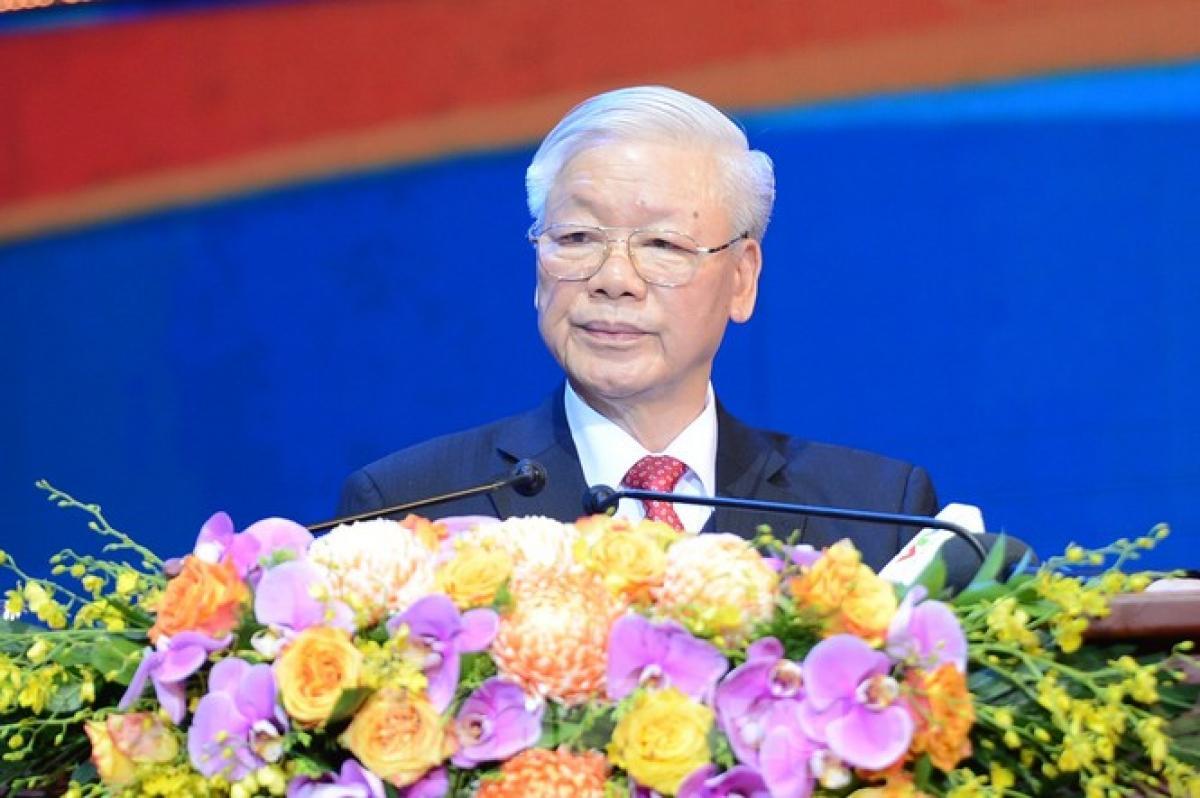 Ông Nguyễn Anh Tuấn - Bí thư thứ nhất Trung ương Đoàn trình bày diễn văn tại buổi lễ. Ảnh: Báo Tiền Phong