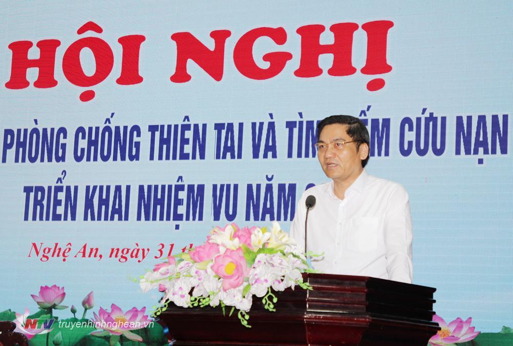 Phó Chủ tịch UBND tỉnh Hoàng Nghĩa Hiếu phát biểu tại hội nghị.